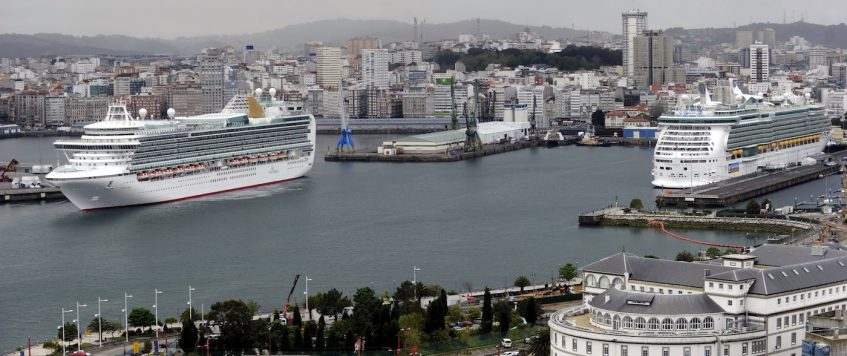 Record of Cruise arrivals at La Coruna during September